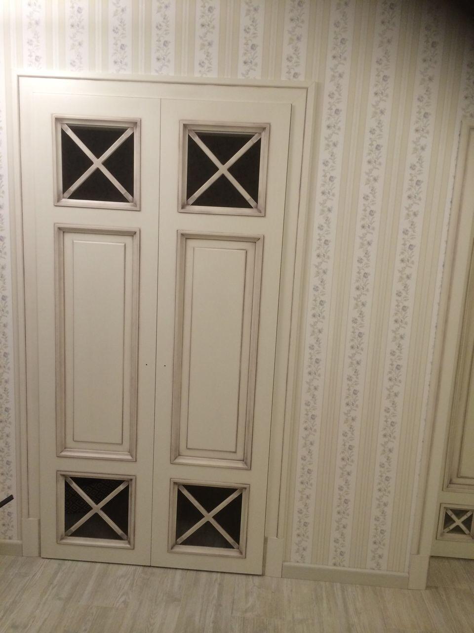 Вход в гардеробную комнату в стиле Прованс
